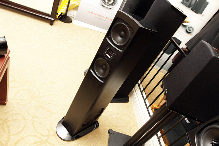 GoldenEar Triton Seven