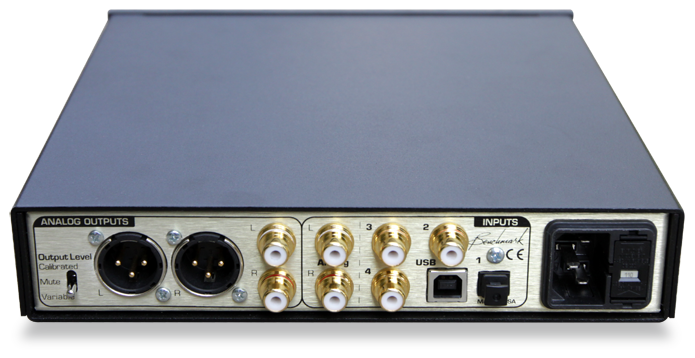 Benchmark DAC1 HDR rear