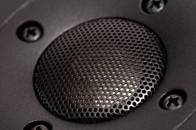 Axiom Audio M100 tweeter close-up